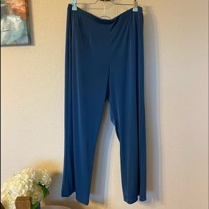 Chicos Easy-wear Pants